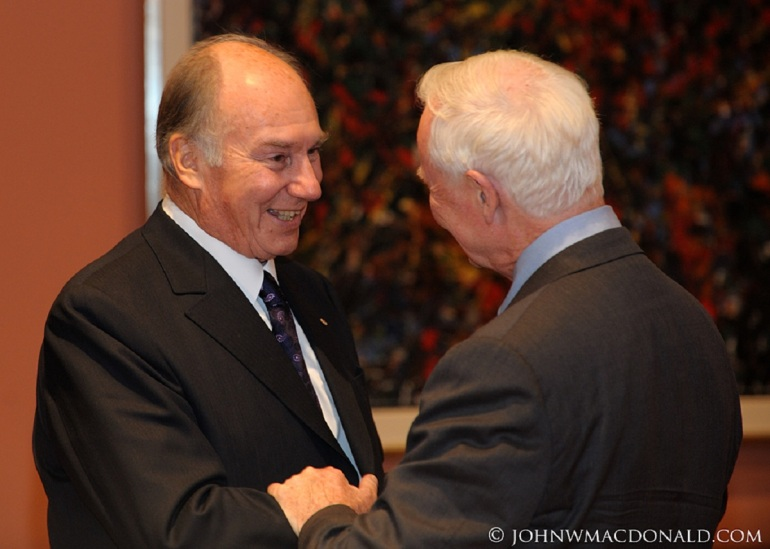 His Highness the Aga Khan is greeted by His Excellency the Right Honourable David Johnston at Rideau Hall, in Ottawa, on October 7, 2010. Photo: John W. MacDonald, Ottawa.