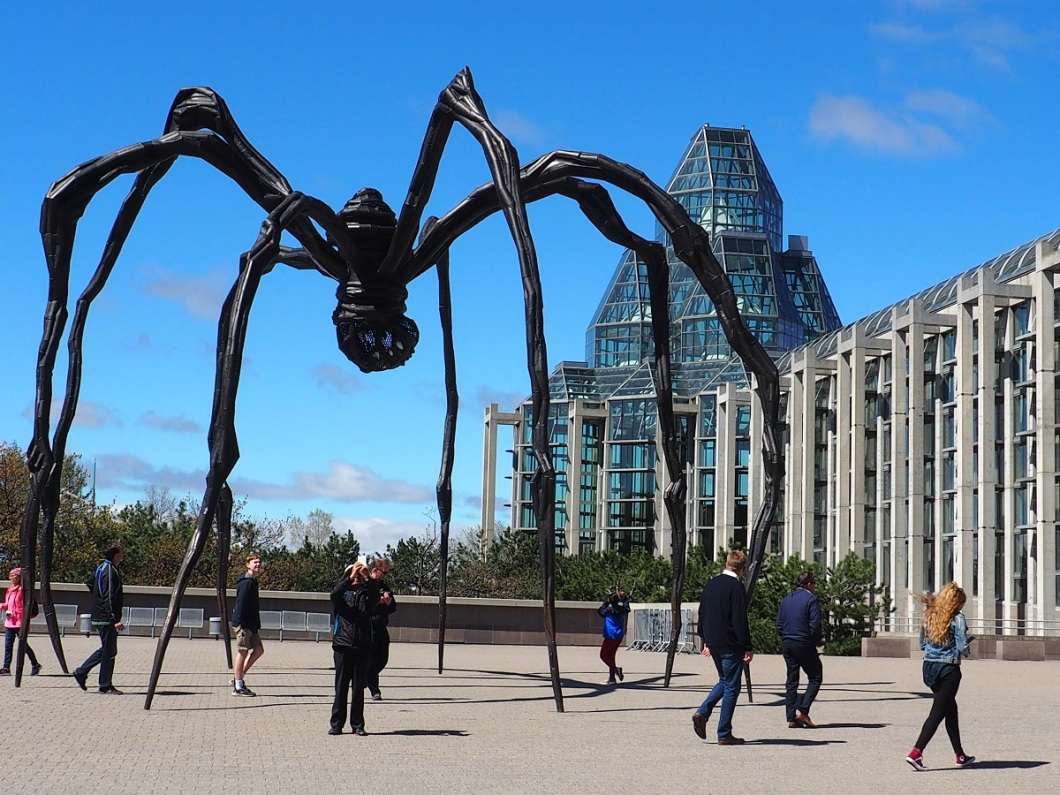 The National Gallery of Canada, with the huge spider sculptor dominating the front side, just by Sussex drive. Photo: Simerg/Nurin and Malik Merchant. Copyright.Malik Merchant, Ottawa. Copyright