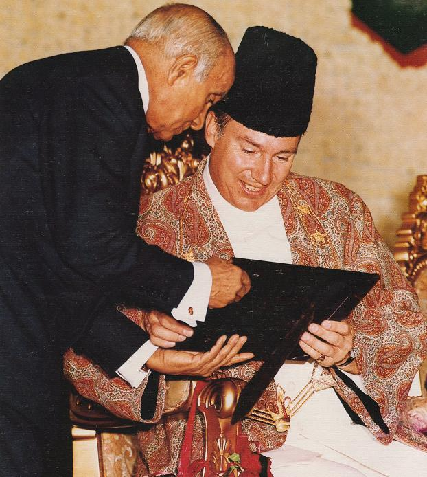 aga-khan-and-diwan-eboo