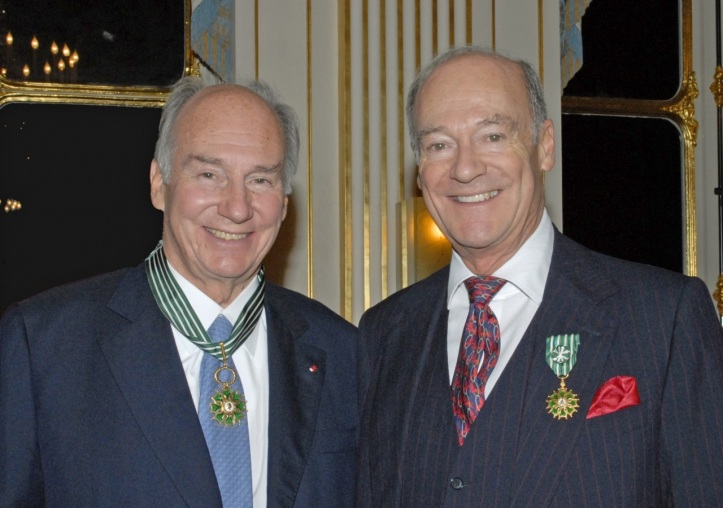 France conferred honours on Mawlana Hazar Imam and Prince Amyn for their contributions to culture at the Ministry of Culture in Paris.