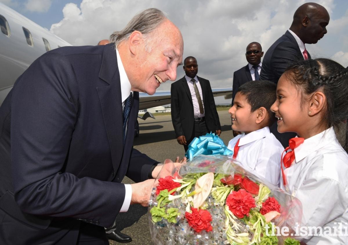 2017 Aga Khan Tanzania arrival zr2_9659e