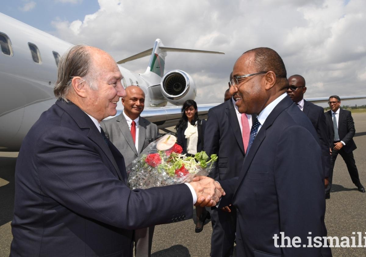 2017 Aga Khan Tanzania Arrival zr2_9676e