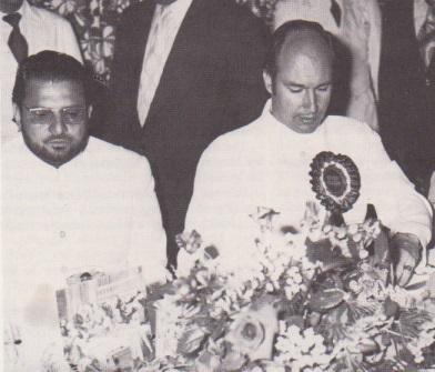 Aga Khan with Kausar Niazi cropped