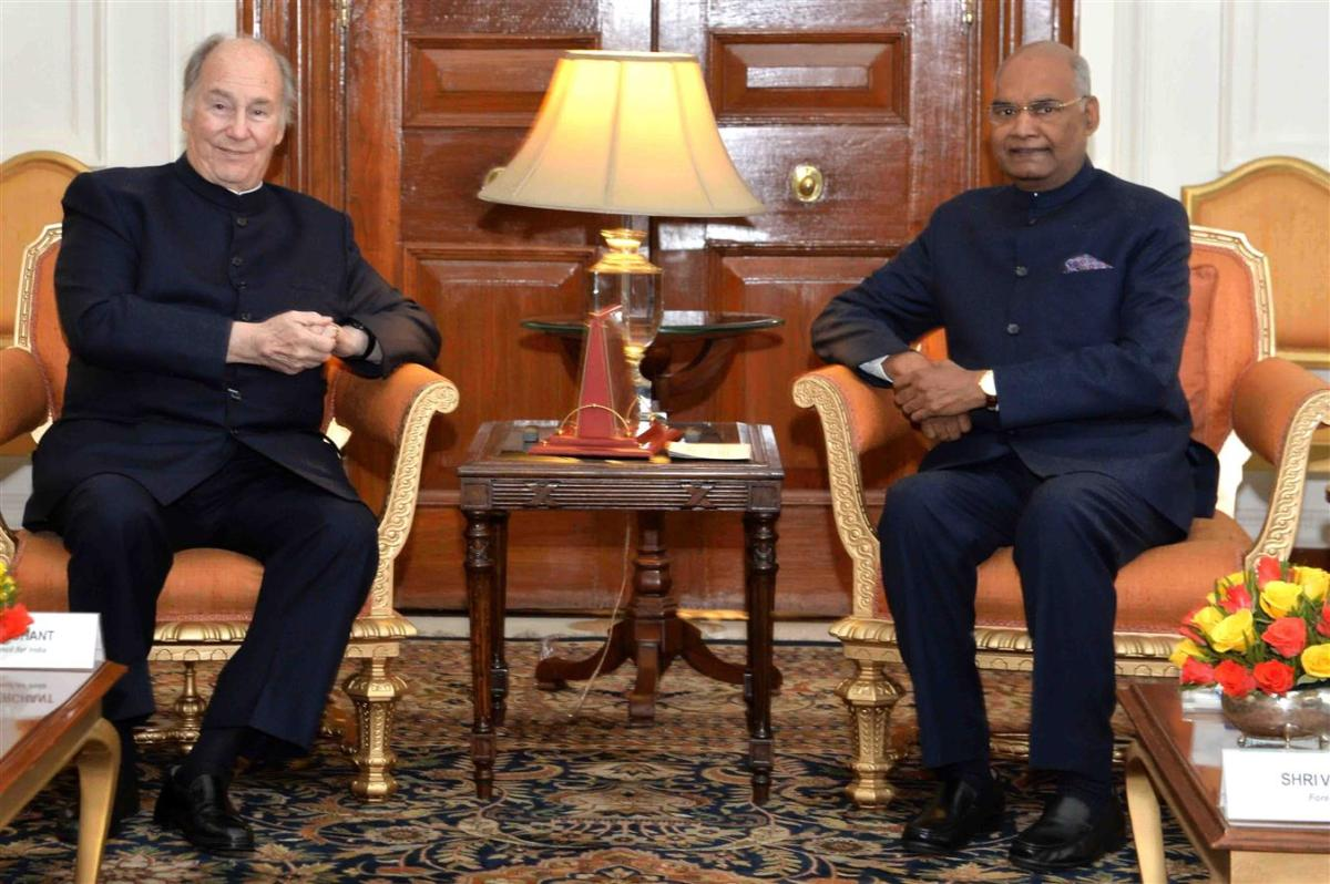 20180222_143_RA4_9925_Aga Khan with India President