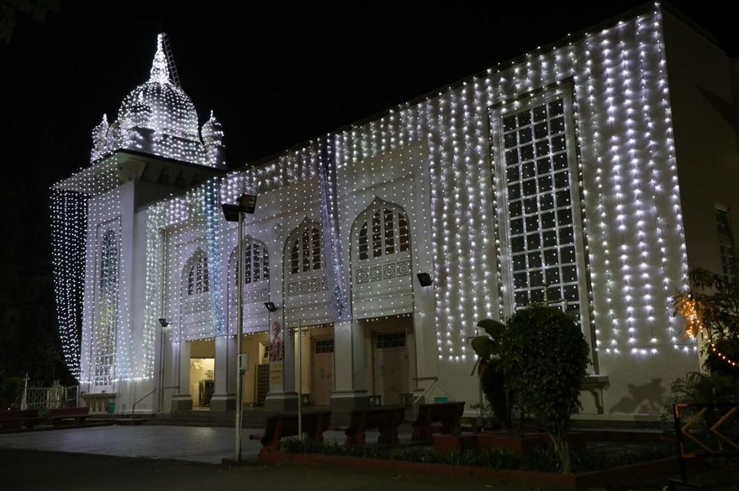 Aga Khan Diamond Jubilee decorations on Pune Jamatkhana India IMG-20180214-WA0014