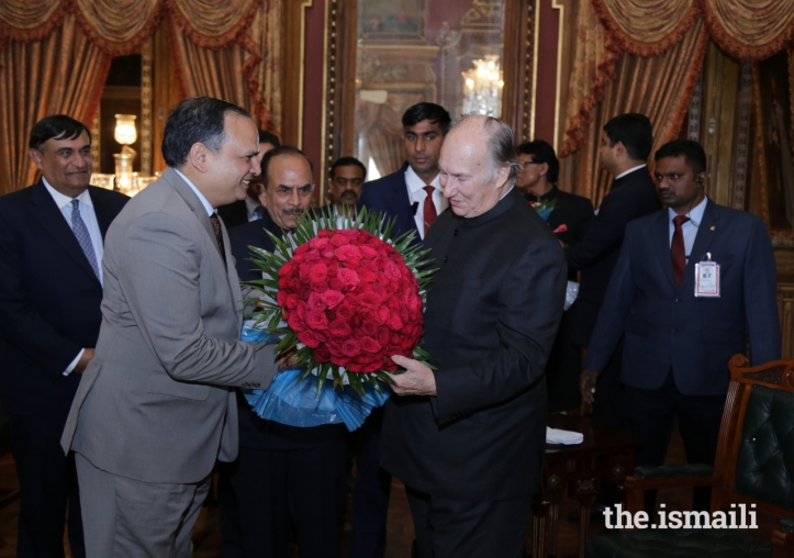 Aga Khan Diamond Jubilee Visit India Flowers 016