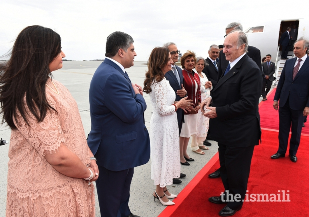 20180501_moe3792_Aga Khan welcomed by Ismaili leaders