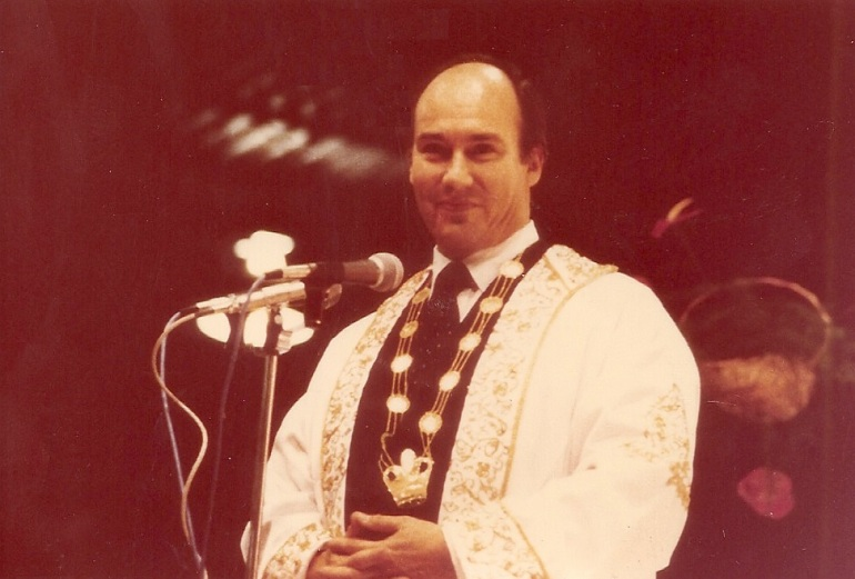 scan0697_HHAga Khan_Canada_1978