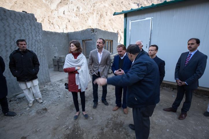 20181021-26-prince rahim and princess salwa pakistan transitional shelters