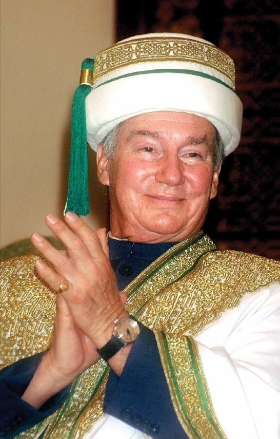 aga-khan-in-regalia