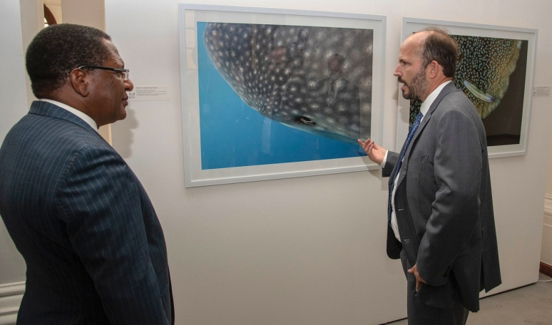 Prince Hussain with cabinet secretary at marine exhibition in Nairobi