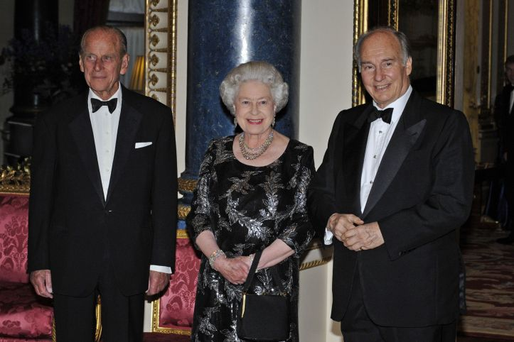 aga-khan-iv-at-buckinghma-palace_with Queen and Prrince Philip_Golden Jubilee