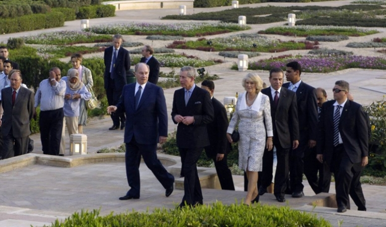 egypt_2006march_2m.Aga Khan welcomes Prince Charles to Al Azhar Park
