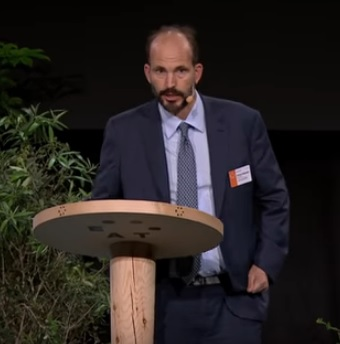Prince Hussain speaking at EAT forum