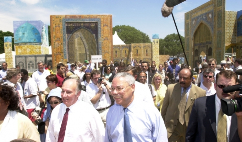 Aga Khan and Colin Powell at 2002 Smithsonian Folklife Silk Roads Festival