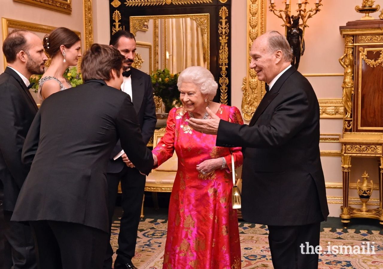 His Highness the Aga Khan introduces Her Majesty the Queen to members of his family including Prince Rahim, Princess Salwa, Prince Hussain and Prince Aly Muhammad. Barakah