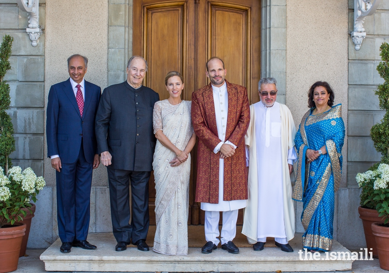 Prince Hussain and Princess Fareen  pose for a group photograph with His Highness the Aga Khan