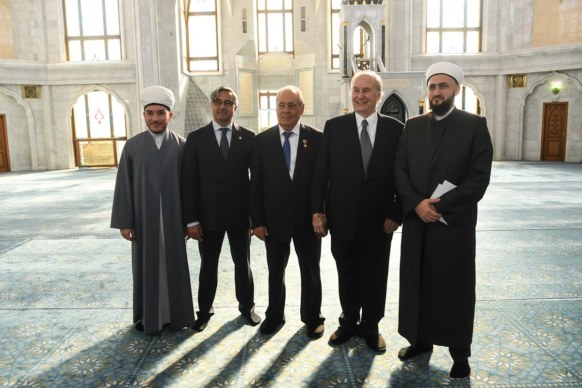 Aga Khan tours the Kul Sharif Mosque in the Kazan Kremlin on Friday, September 13, 2019