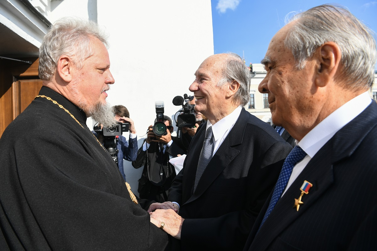 Aga Khan tours the  Annunciation Cathedra in the Kazan Kremlin on Friday, September 13, 2019