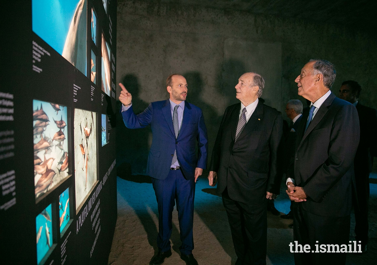 A unique moment: Mawlana Hazar Imam, His Highness the Aga Khan, tours his son's photo exhibition in Lisbon