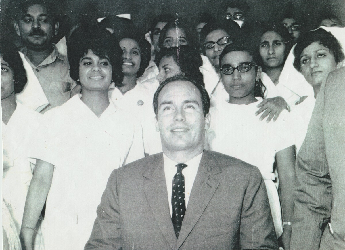 Aga Khan with Aga Khan Hospital Nurses Dar es Salaam 1966 Simerg and Barakah