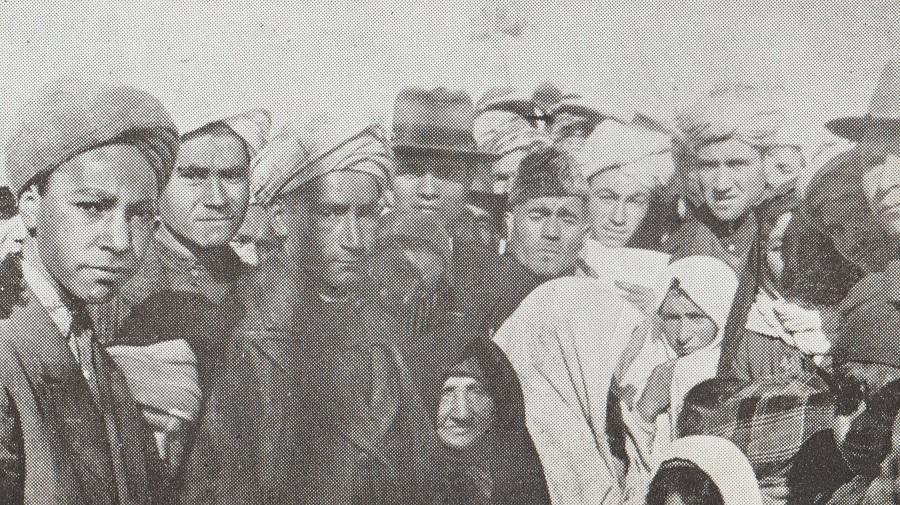 Ismailis from Kirmand and Khorasan in Mahallat for the Aga Khan's visit, Barakah.