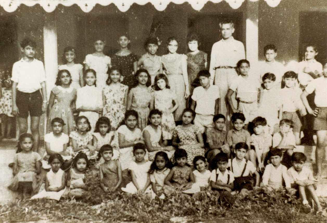 Ismaili students at Aga Khan Club in Pemba Barakah