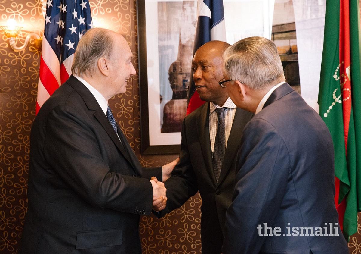 Mawlana Hazar Imam, His Highness the Aga Khan, meets with Mayor of Houston Sylvester