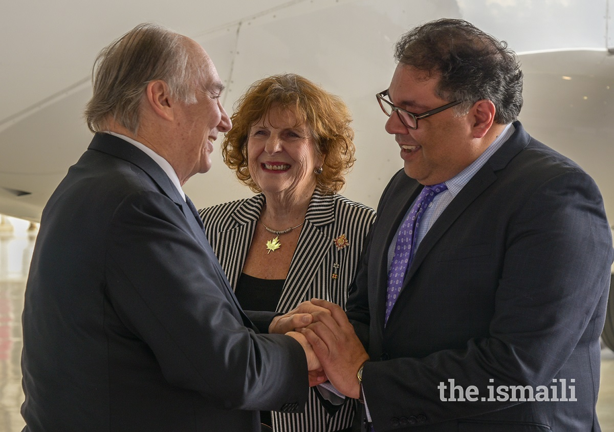 Lieutenant Governor Lois Mitchell and Calgary Mayor Naheed Nenshi greet Mawlana Hazar Imam Aga Khan Diamond Jubilee